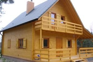 Dom letniskowy i całoroczny drewniany