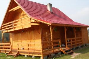 Domek drewniany letniskowy bez pozwolenia na budowę.